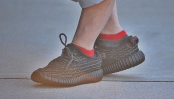 Verne Troyer Unboxes His Infant-Sized Yeezy Boost 350s 774e544db