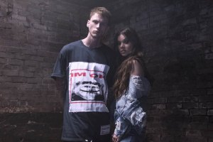 Machine Gun Kelly ft. Hailee Steinfeld - At My Best (Video)