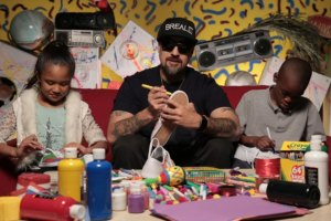 B-Real Does #ArtsNRaps With Kids