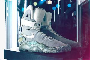 Original Nike MAG auction