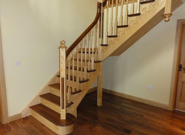 Cutstring-stairs-ballingearyjoinery.ie2.jpg