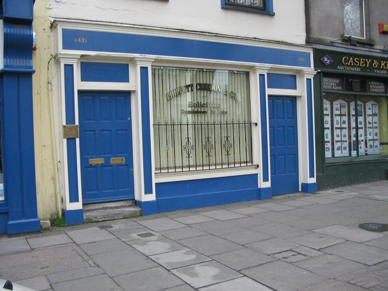 Shop-front-ballingearyjoinery.ie9.jpg