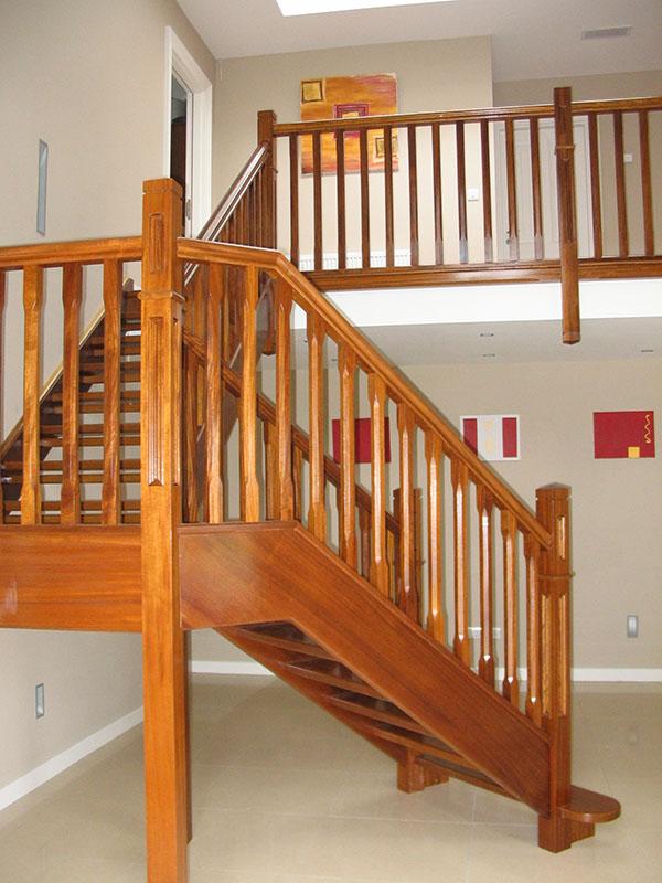 Teak-stairs-ballingearyjoinery.ie1.JPG-1.jpg