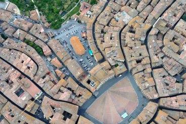 Volo in mongolfiera su Siena