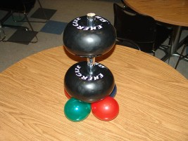 balloon-barbell-centerpiece