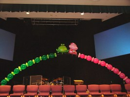 unusual-balloon-arch2