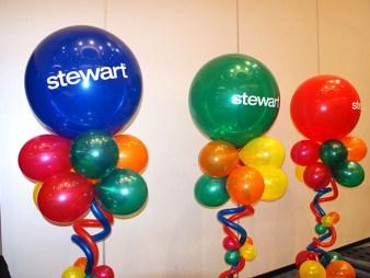 fun-and-funky-balloon-columns2