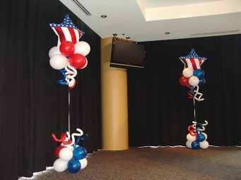 red-white-blue-fun-and-funky-balloon-columns