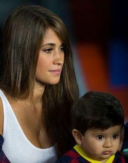 Antonella Roccuzzo Messi Frau 4