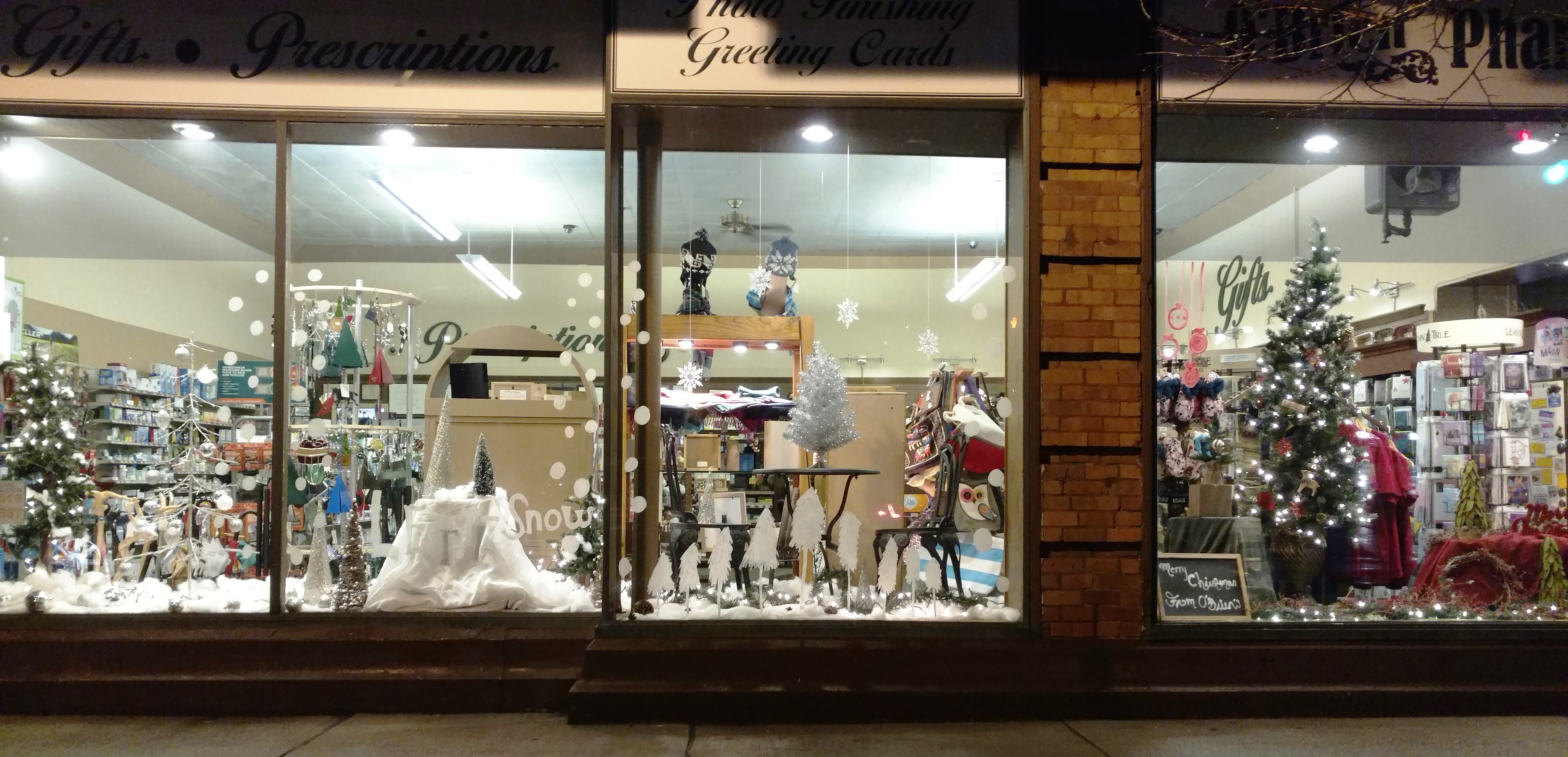 Holiday Window Decorating Ballston Spa Business