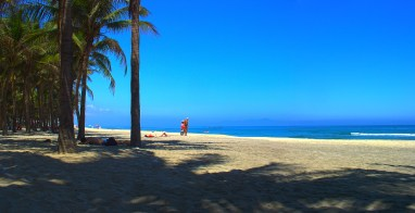 The beach of Hoi An at noon.