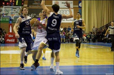 En tres minutos, se pierde el partido. Foto Fjarenal.com