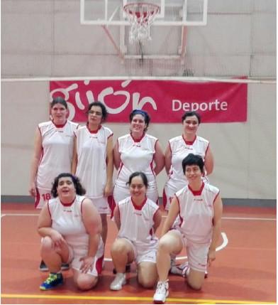 Las chicas del CD San Cebrián que se proclamaron subcampeonas de España en Gijón. Foto CD San Cebrián