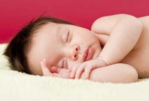 tips mengatasi bayi yang suk begadang