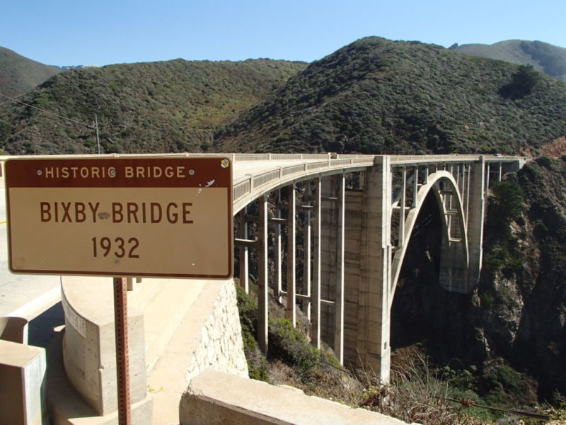 View from Northern end (coastal side) of Bixby Bridge