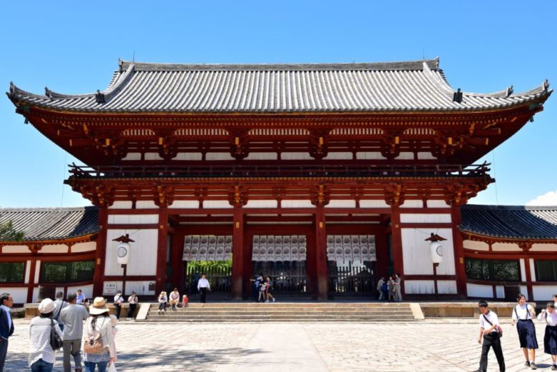 Perimeter building of Todaiji, Nara