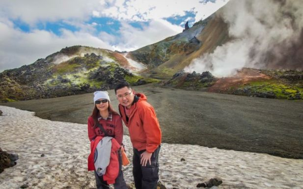 Thermal areas of Mt. Brennisteinsalda. (2-hour return hike)
