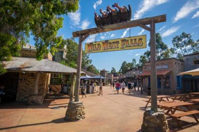 Wild West Falls adventure log ride