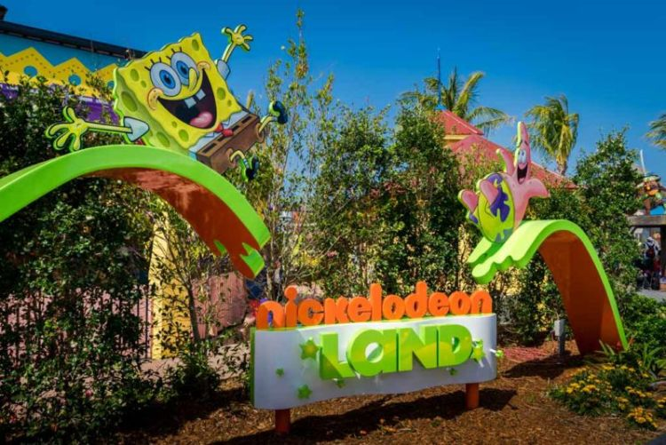 The newly opened (late-2015) Nickelodeon Land has a number of rides and show for young children.