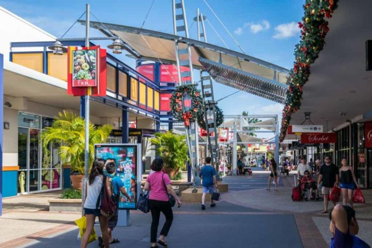 For those in need of retail therapy, Harbour Town Gold Coast is Australia's largest outlet shopping centre.