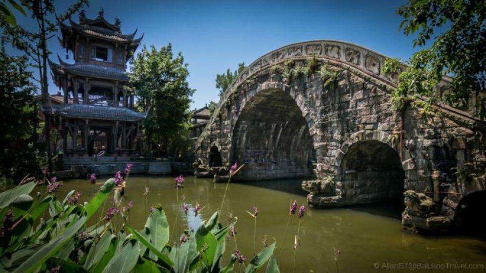 """""""Five-hole"""" bridge. HuangLongXi Ancient town (Chengdu, China)"""