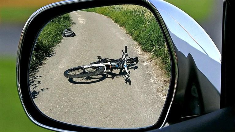 19-jährige Radfahrerin beim Abbiegen übersehen