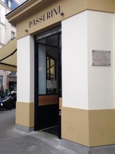 Homard Bleu Breton en deux services : Pinces & corail en spaghetti.