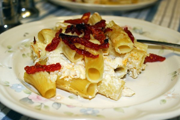 Baked Rigatoni with Ricotta, Albacore and Sun-Dried Tomatoes