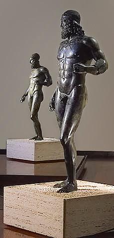 bronzi riace calabria