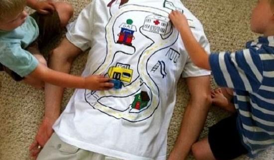 Disegnare una tshirt per la festa del papà