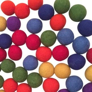 3.5cm rainbow felt balls22