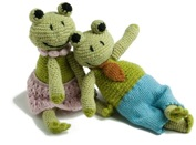 Lapin and me knitted Froggies