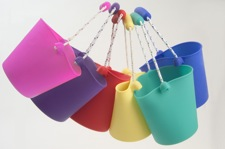 scunch buckets