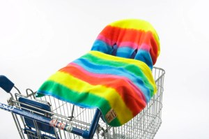 RAINBOW cosy shopper with blanket