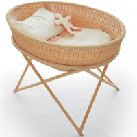 Hand-woven wicker Cradle (on feet) by NUME