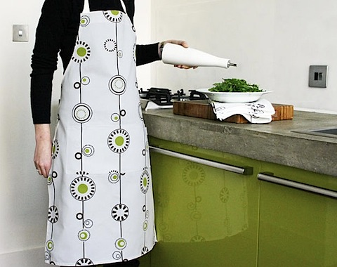 olli and lime george apron