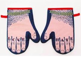 Glove & Hate Oven Gloves