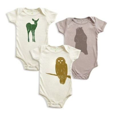 Organic baby bodysuits