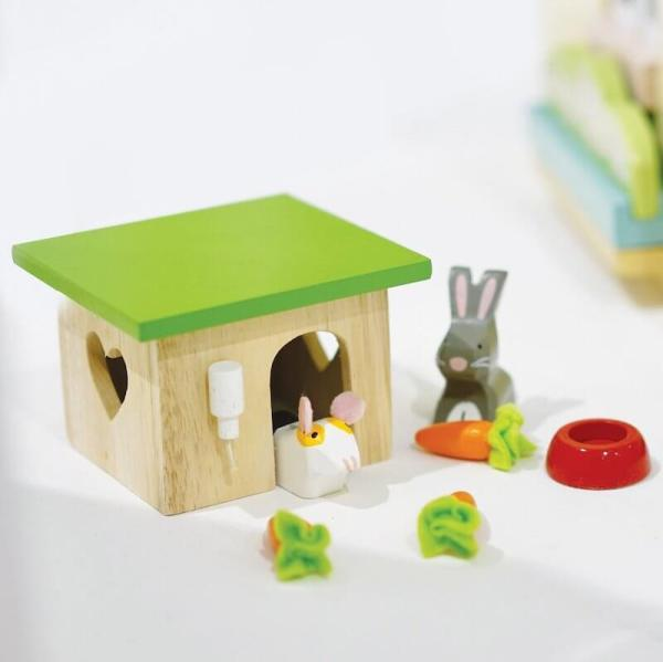 rabbit hutch set le toy van