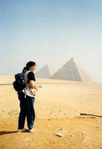 Dies Foto zeigt mich, wie ich mich gerne selbst sehe: Ulrike die Reisende, die Weltenbummlerin. Damals 1990 , bei einer halborganisierten Rundreise