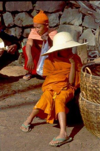 Menghun Kleine Mönche