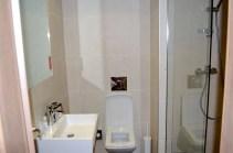 Motelplus Berlin Neukölln - Badezimmer