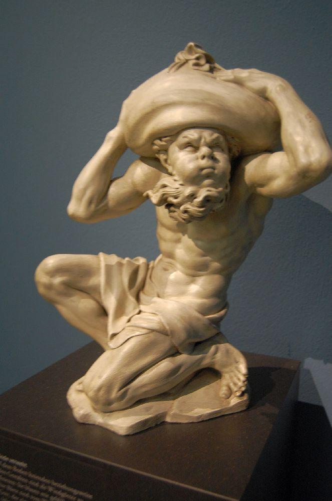 Liebieghaus Statue Wind