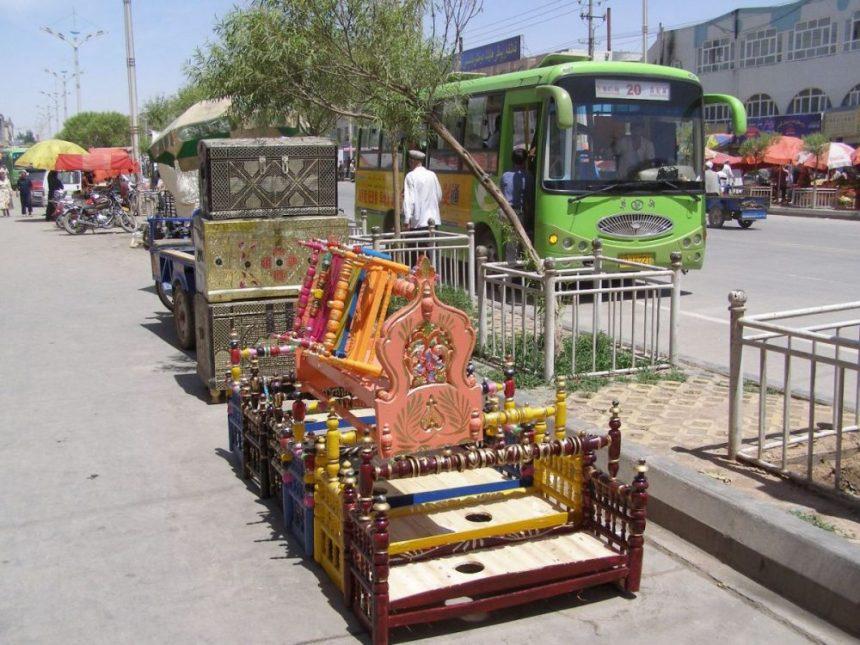 Wiegen auf dem Markt in Kashgar