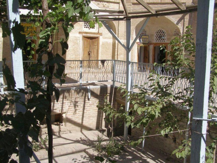 In der Karawanserei