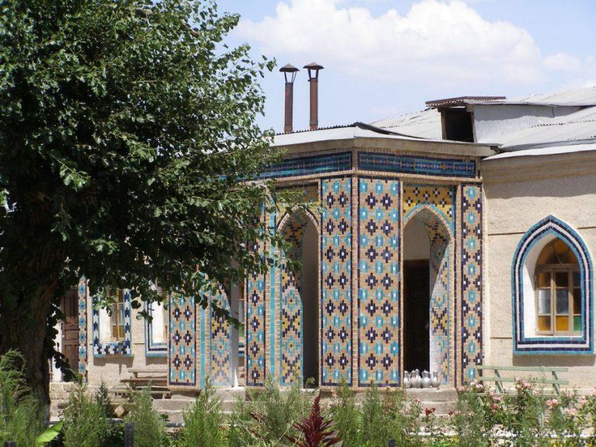 Shakri Sabz Hasrati Imiman Moschee