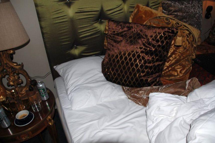 Mühsam freigeräumt: mein Schlafplatz