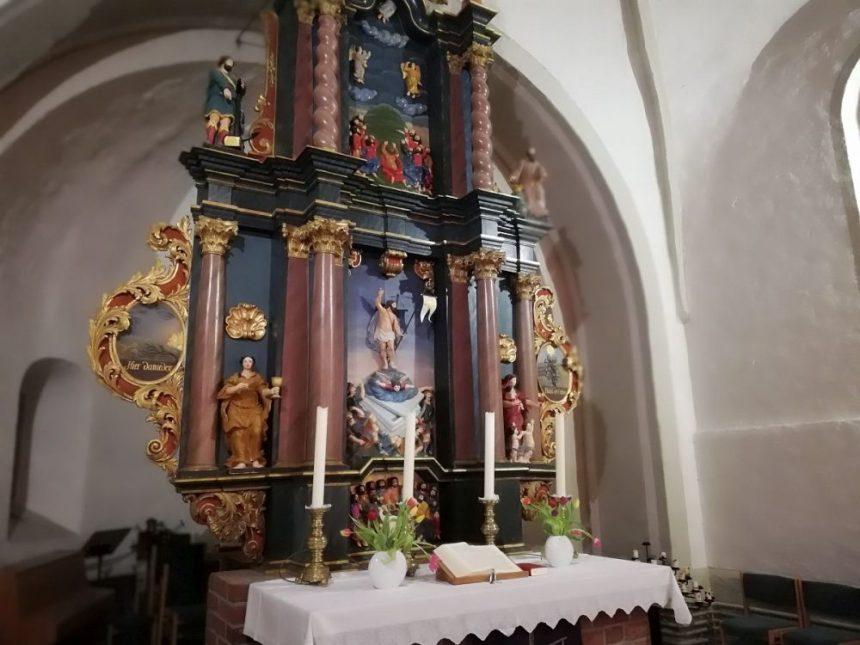 Kirche von Breklum Altar