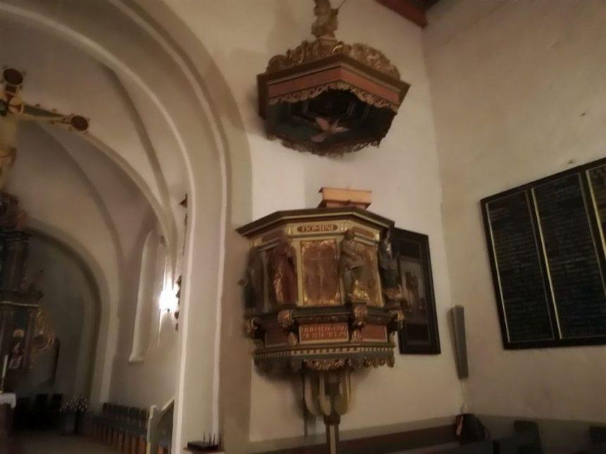 Kirche von Breklum Kanzel