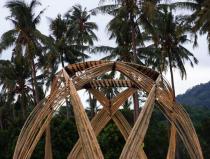 Kuppel aus Bambusstreifen von Christoph Tönges